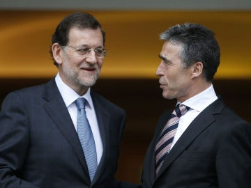 Mariano Rajoy con Anders Fogh Rasmussen