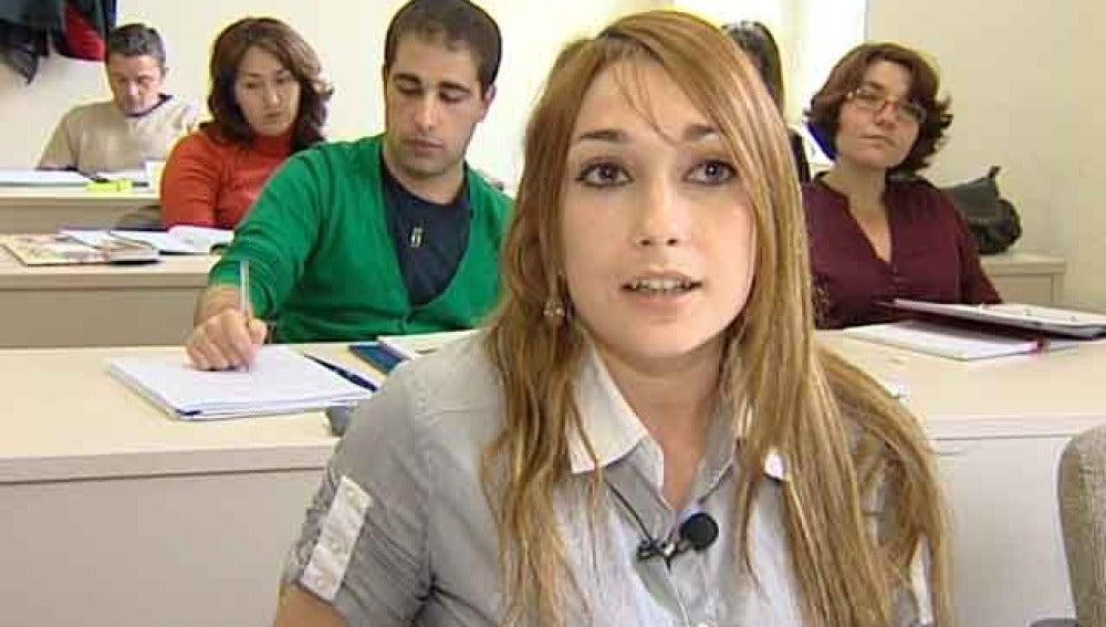 Jóvenes enfermeros buscan trabajo en Alemania