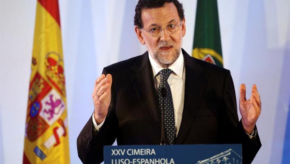 Mariano Rajoy, en una rueda de prensa en Portugal