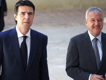 El ministro de Industria, José Manuel Soria, con el presidente de Murcia, Ramón Luis Valcárcel