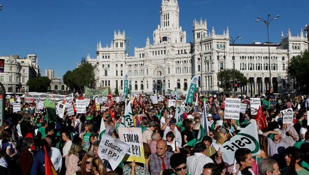 Manifestación contra recortes en Educación en MadridManifestación contra recortes en Educación en Madrid