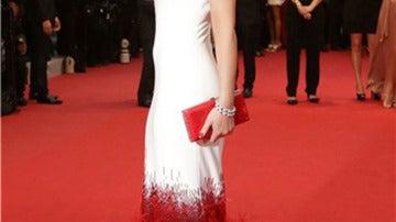 Cheryl Cole apostó por un diseño de Stephane Rolland