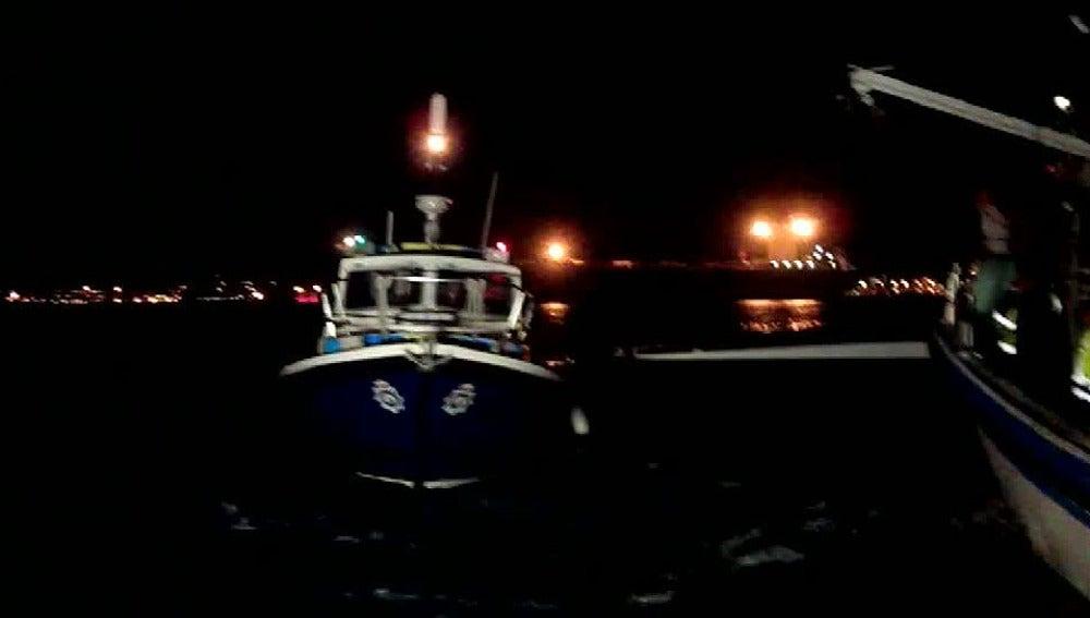 La policía de Gibraltar hostiga a pescadores españoles