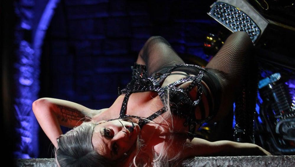 Lady Gaga durante una de sus actuaciones