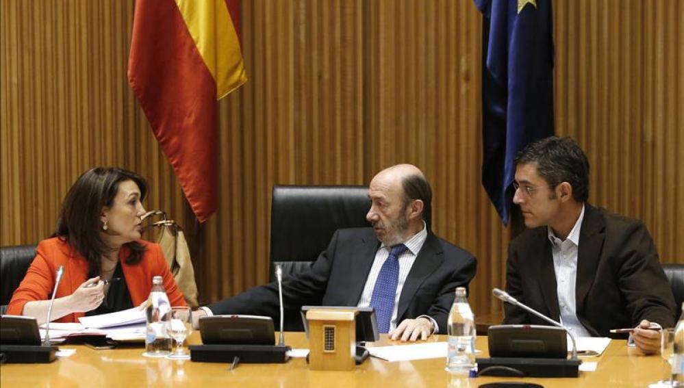 El PSOE no descarta una comisión para investigar la nefasta actuación en Bankia