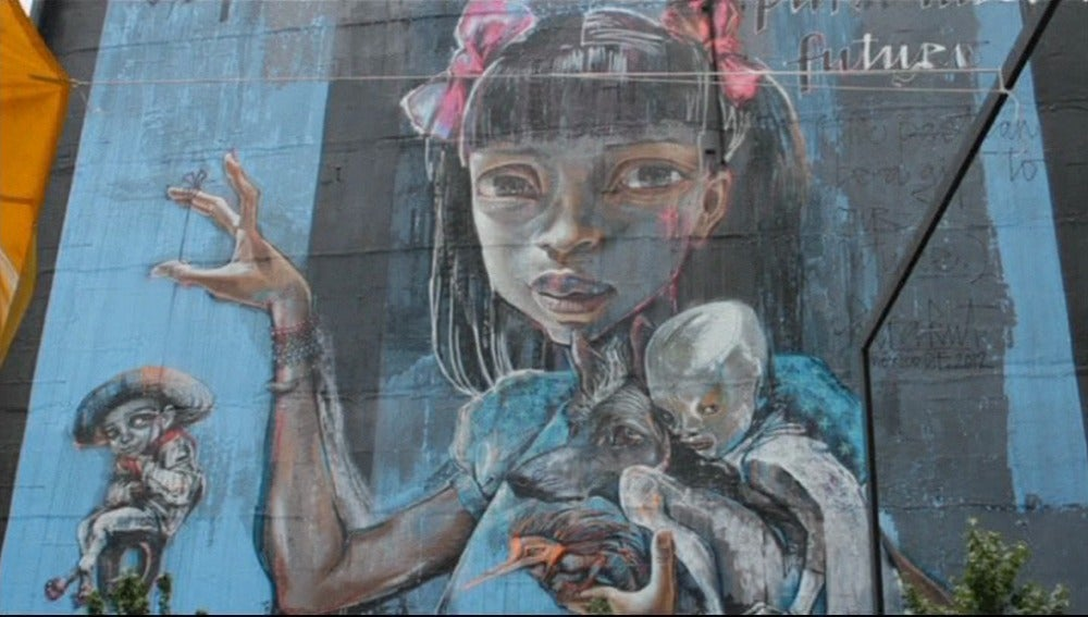 México cambia de color con arte urbano