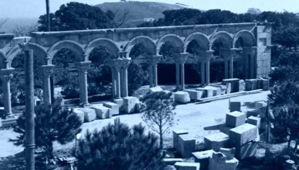 Claustro románico en 1959