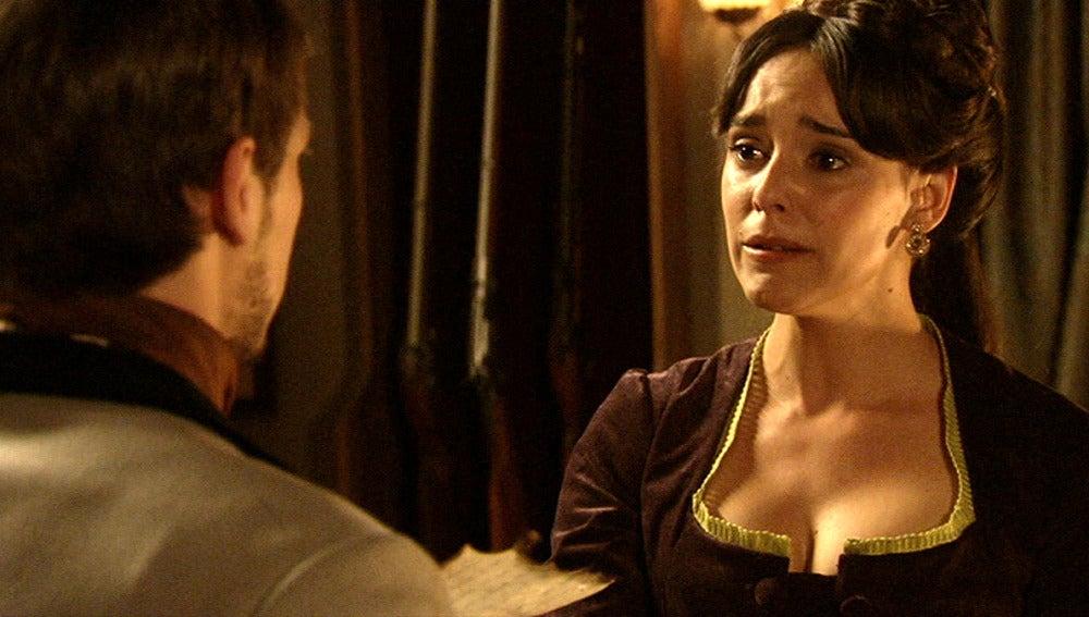 Elisa exige explicaciones a Pablo