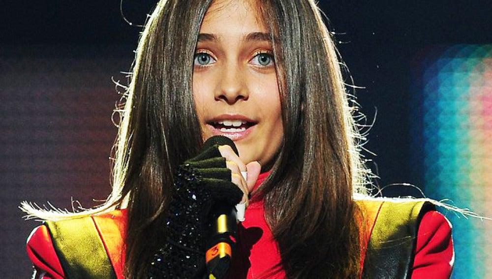 La hija de Michael Jackson, Paris, en un acto de homenaje a su padre.