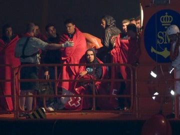 Inmigrantes llegados en patera a Almería