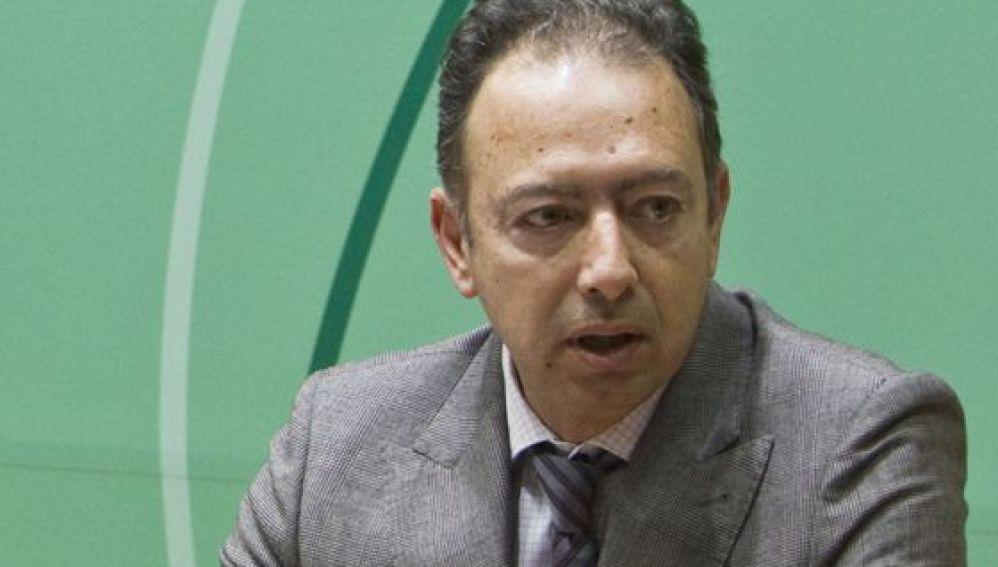 La Junta andaluza cesa al director general de Trabajo Daniel Rivera, imputado en el caso ERE