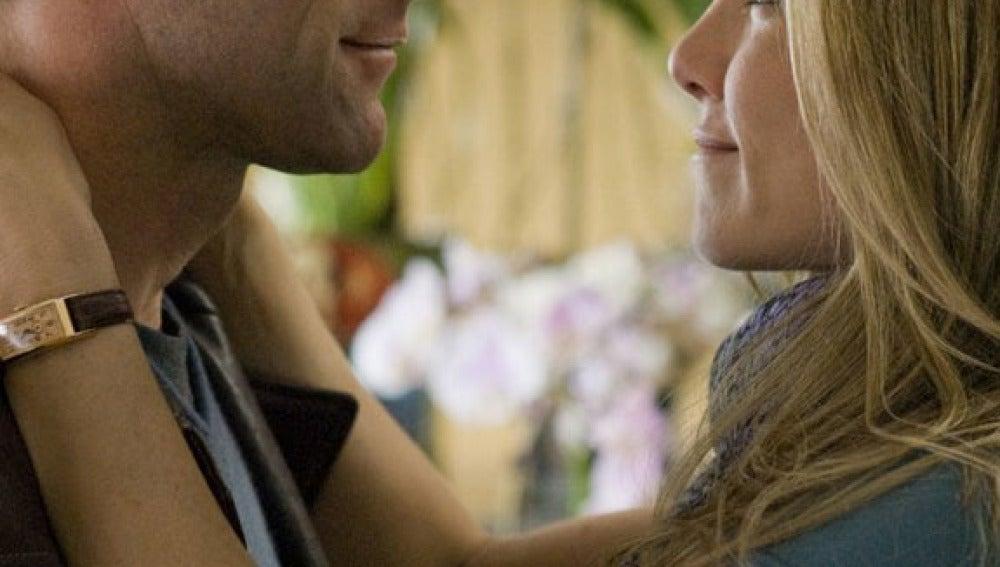 Con Aaron Eckhart en 'Love Happens'