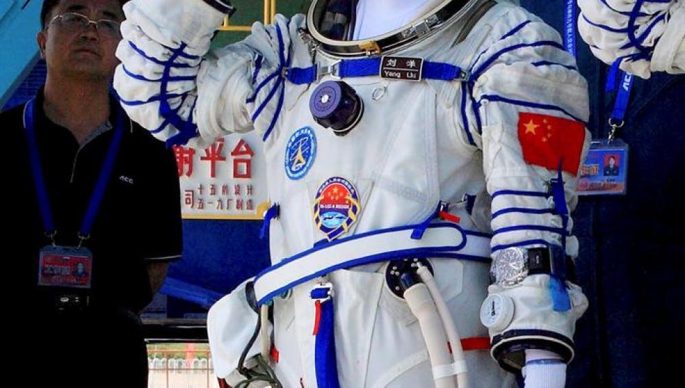 La primera mujer china en viajar al espacio