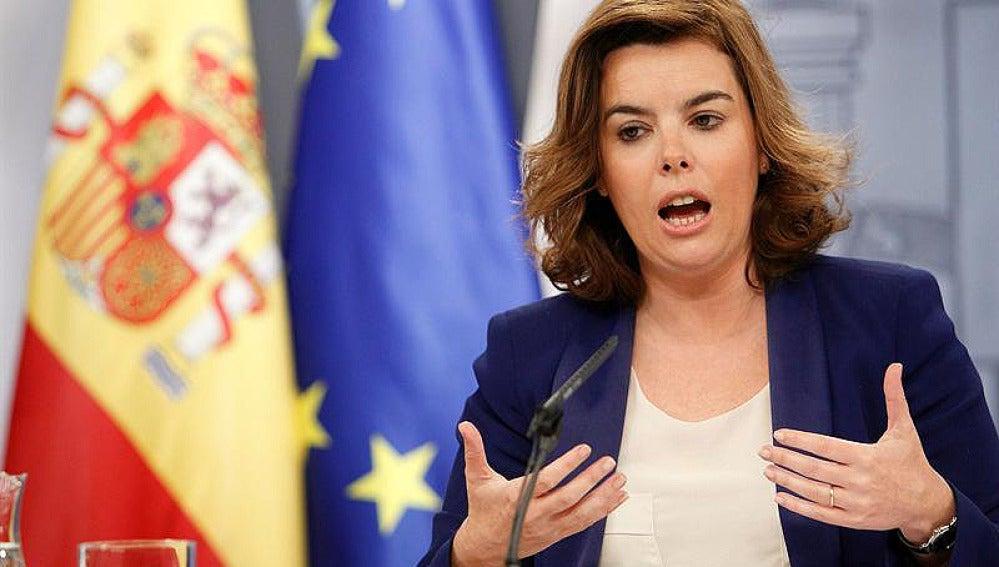 Soraya en rueda de prensa tras el Consejo de ministros
