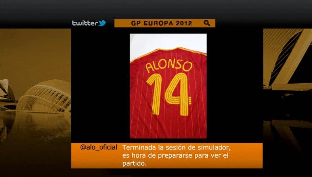Fernando  Alonso es un reconocido un futbolero