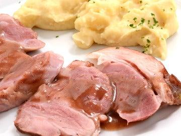 Jamón al Oporto con puré de patatas