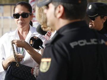 Isabel Pantoja a su llegada al juzgado