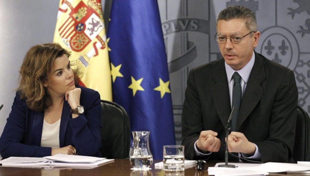 Santamaría y Gallardón, tras el Consejo de Ministros