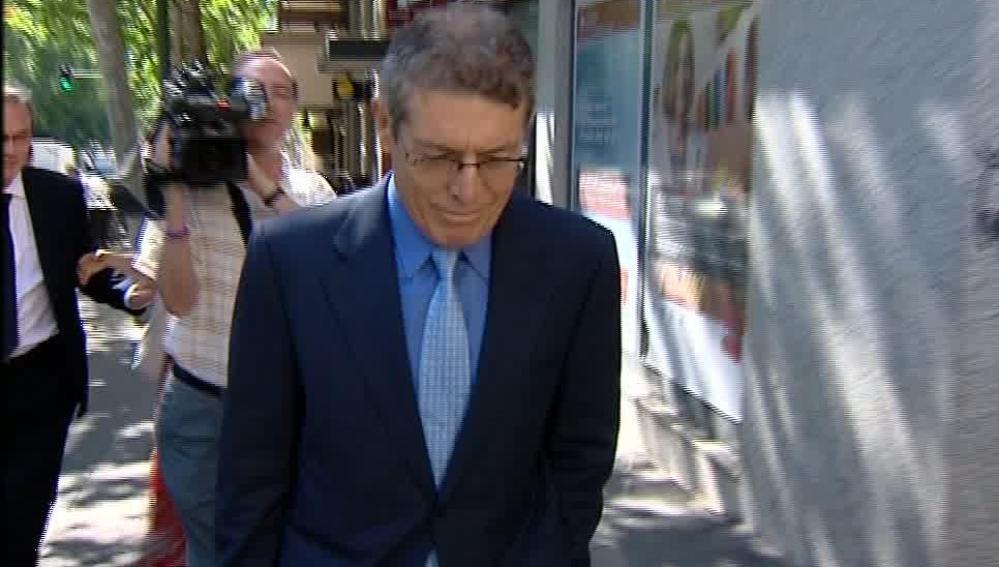 Vicente Soriano en su entrada a la Audiencia Nacional