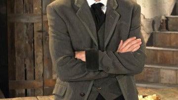 Javier Rey es ahora Raúl Delgado