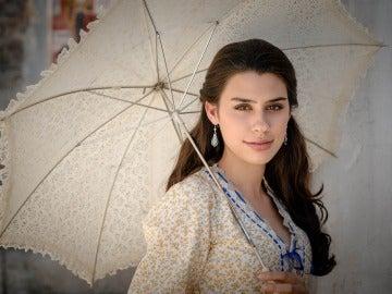 Roser Tapias es Beatriz Ibáñez