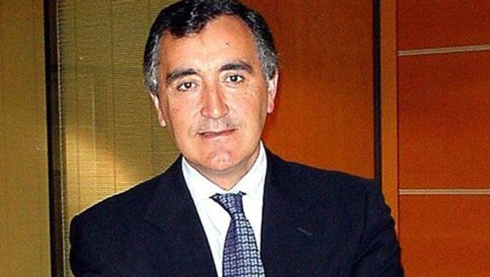El presidente de NovaGalicia Banco pide perdón