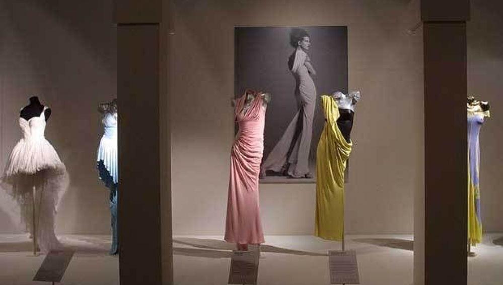 Exposición Versace