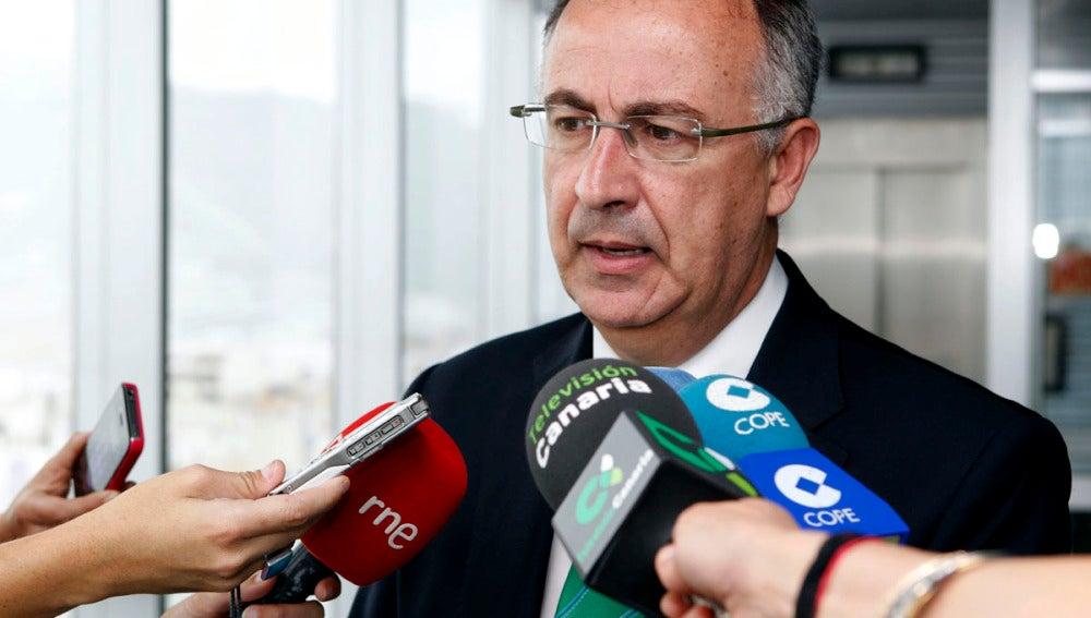 La Junta de Andalucía estudia retirar la rebaja salarial a funcionarios