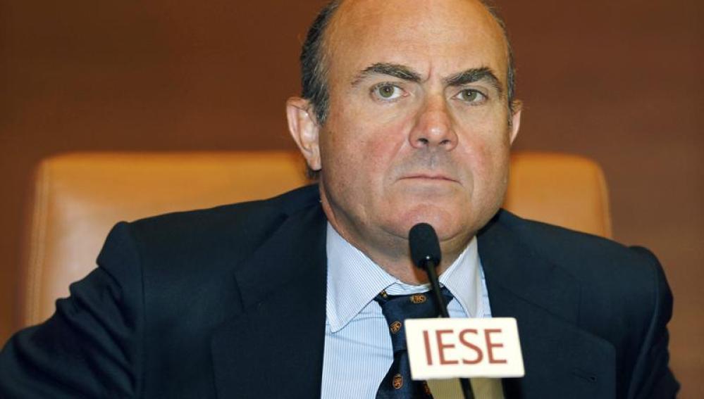 De Guindos durante la conferencia impartida en IESE