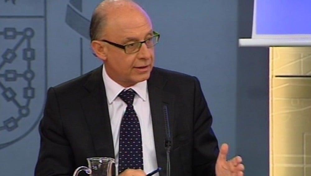 Montoro confirma que la Comunidad Valenciana tiene que adherirse a los mecanismos de liquidez de las CC.AA