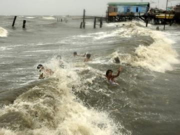 El tifón 'Saola' ha dejado 23 muertos en Filipinas