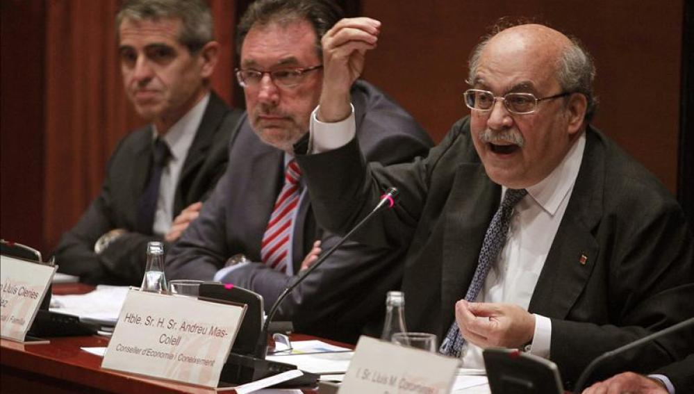 Los consellers de Bienestar Social y Familia, Lluís Cleries y de Economía, Mas-Colell