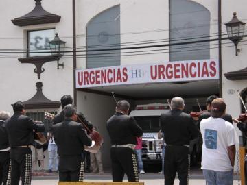 Mariachis despiden a Chavela en México