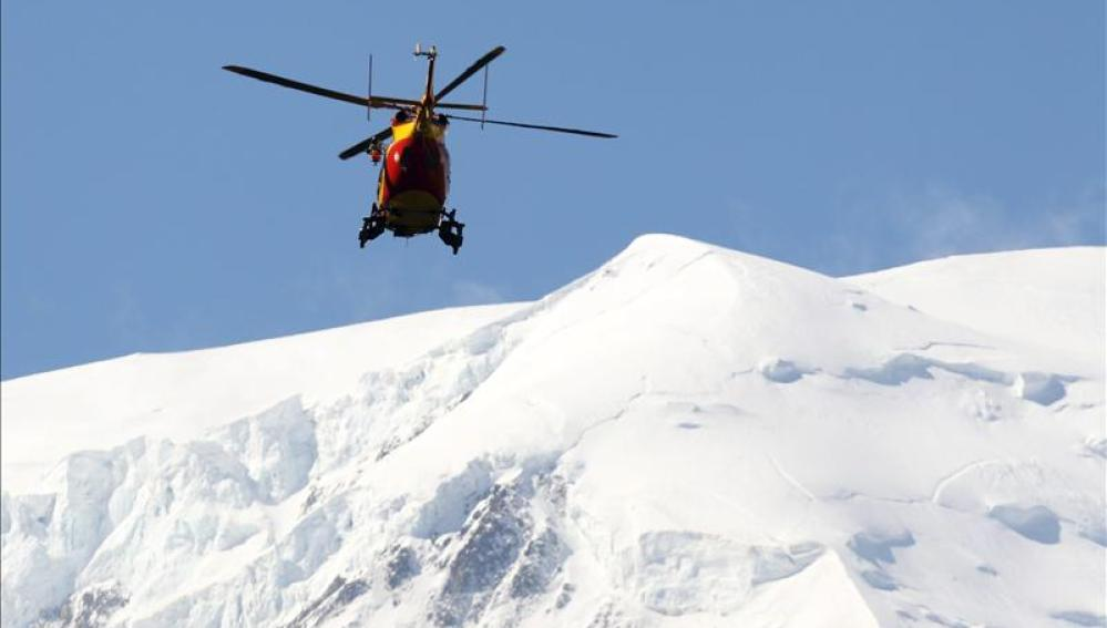 Rescatan a los tres alpinistas españoles bloqueados en el Mont Blanc