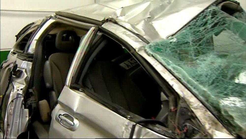 Fallecen dos miembros de una familia y otros tres permanecen graves tras un accidente de tráfico en Teruel