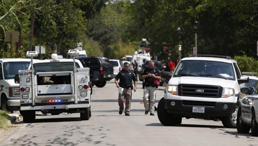 Escena del crimen de un tiroteo cerca de la Universidad Texas A&M