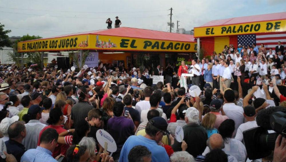 Romney el pasado lunes en Florida con el Senador Marco Rubio