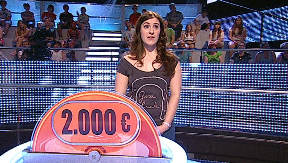Laura se va con 2.000 euros