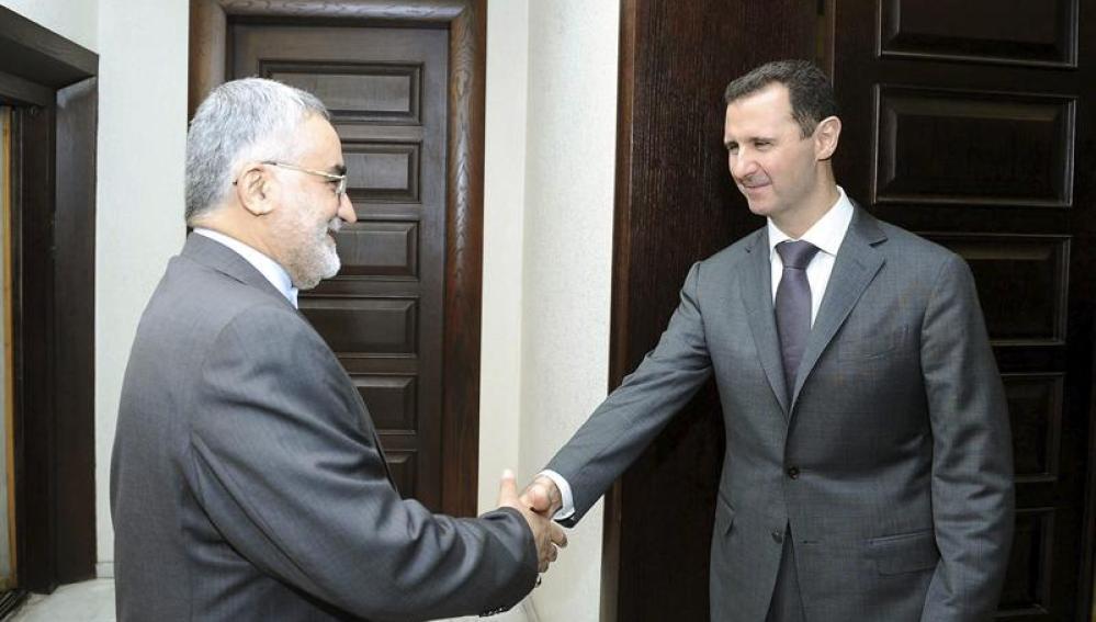 Al Asad dice que luchará contra el complot extranjero sea cual sea el precio