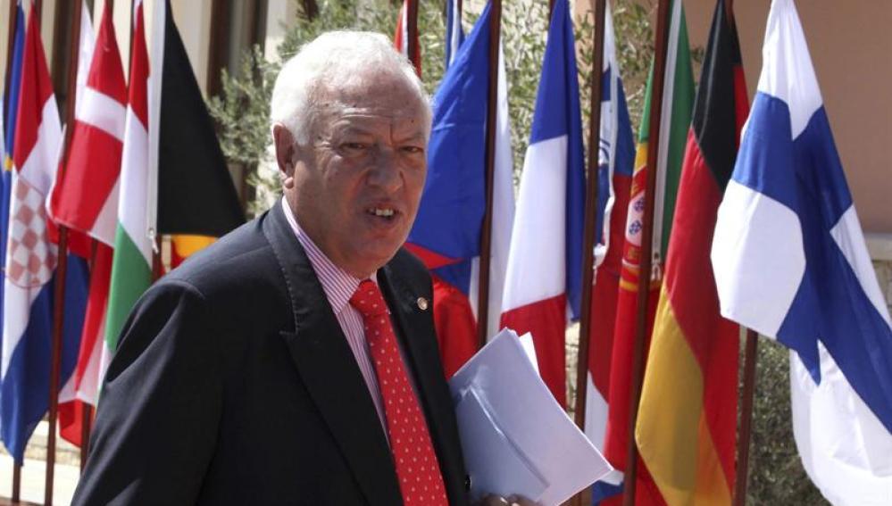 Margallo sale en defensa de los pescadores españoles en el conflicto con Gibraltar