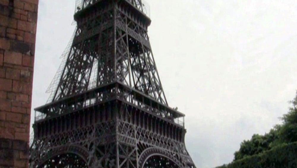 La Torre Eiffel, en China