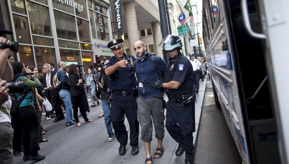Varios detenidos frente a la Bolsa de Nueva York