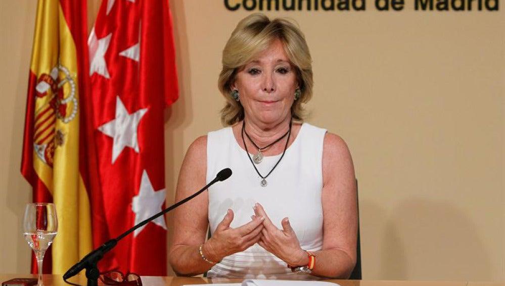 Aguirre anuncia su dimisión