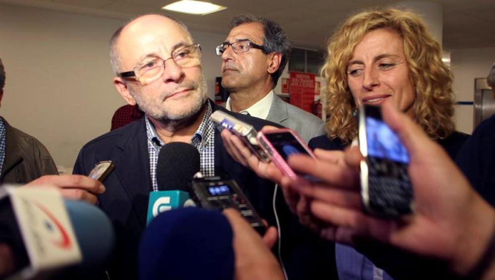 El alcalde de Ourense imputado en la operación Pokemon no dimitirá