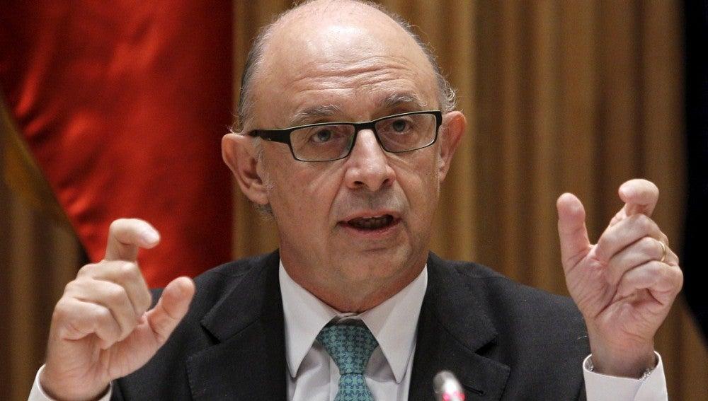 Cristóbal Montoro durante la rueda de prensa