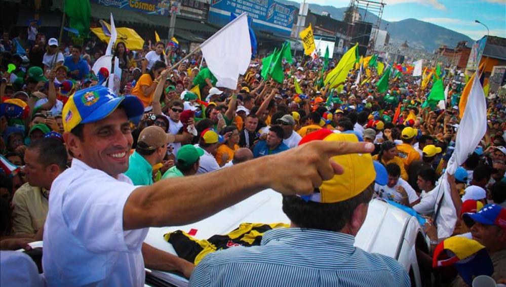 El candidato opositor, Henrique Capriles