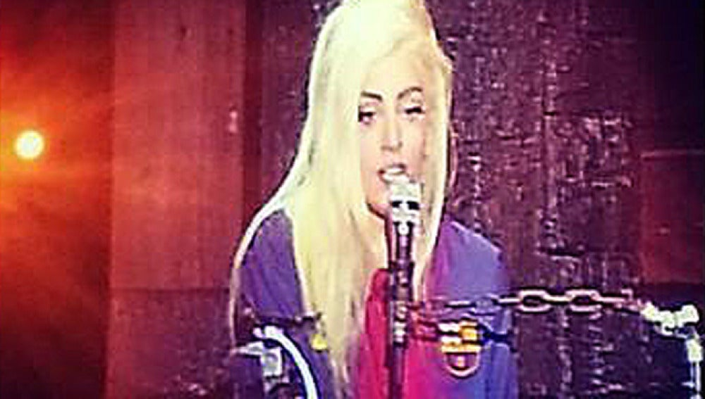 Lady Gaga, con la camiseta del FC. Barcelona