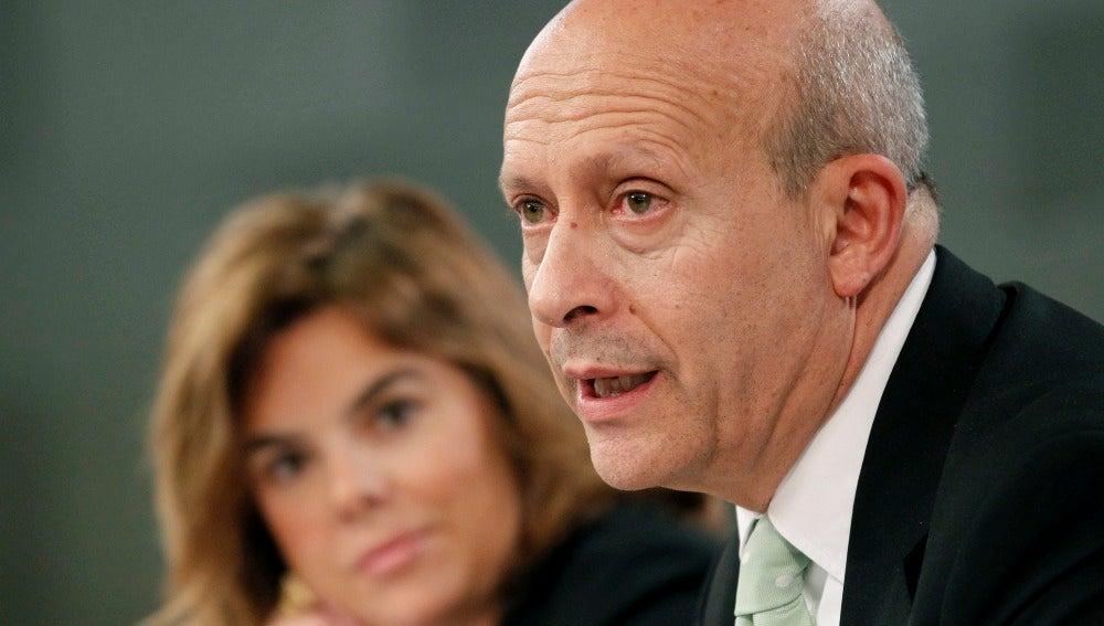 El ministro Wert en la sesión de control