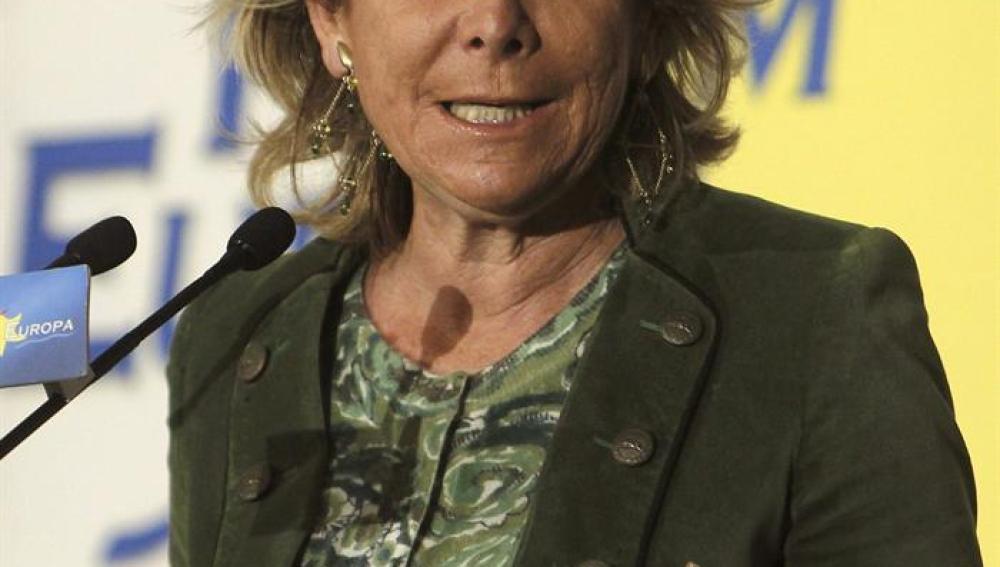 La presidenta del PP de Madrid, Esperanza Aguirre, presentó al alcalde de Alcorcón, David Pérez