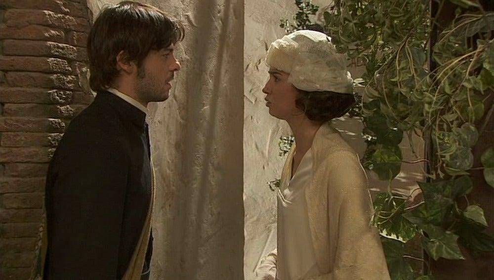 Gonzalo le dice a María que lo suyo se ha acabado